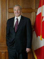 Photograph of the Right Honourable Paul Martin, Prime Minister of Canada, 2003 - 2006
